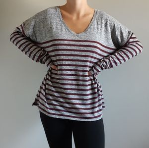 3/$15❤Gray and Burgundy Stripped Long Sleeve Shirt